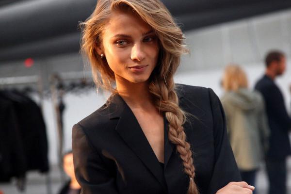 Длинная коса - девичья
