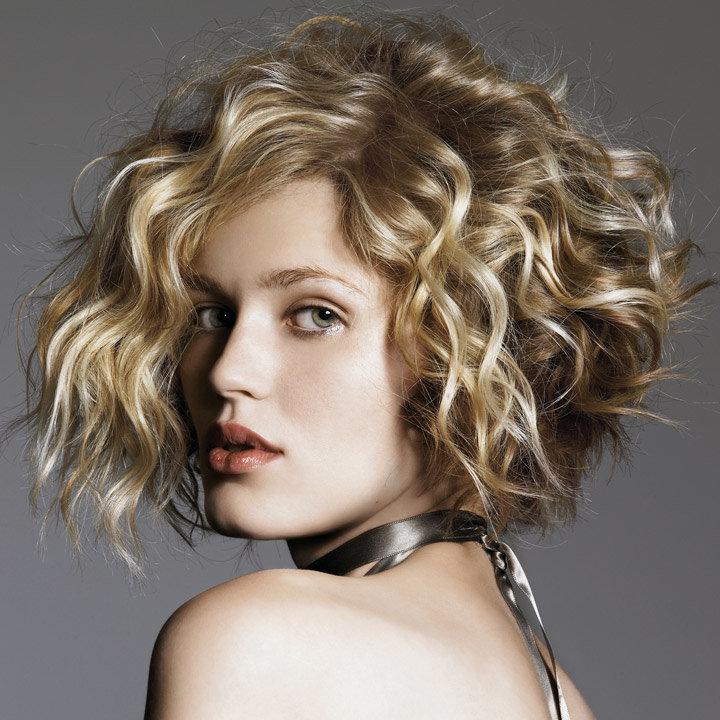 Укладка волос с химической завивкой