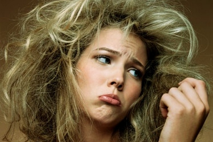 Как расчесать сильно запутанные волосы