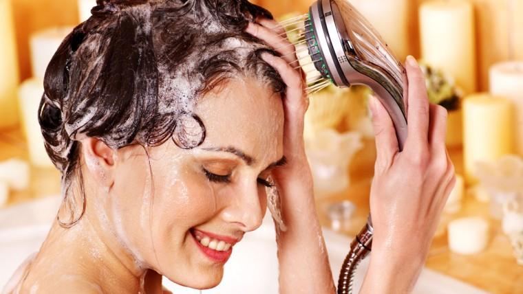 Мытьё головы яйцом