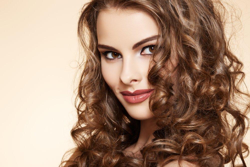 Что такое долговременная укладка волос