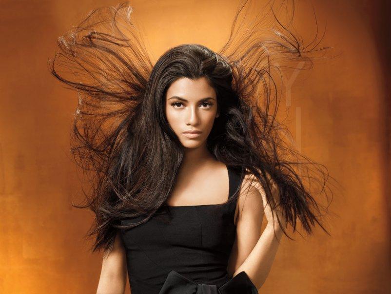 Электризуются волосы
