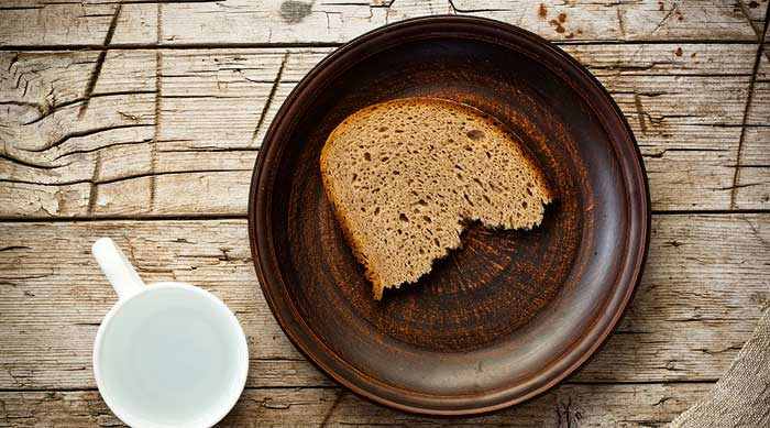 Маска для укрепления волос с ржаным хлебом